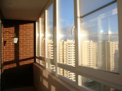 Пластикове вікно на лоджію Rehau від Дизайн ПЛАСТ®